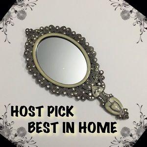 Other - 🎁 HP 🎁 Vintage Style Handheld Mirror